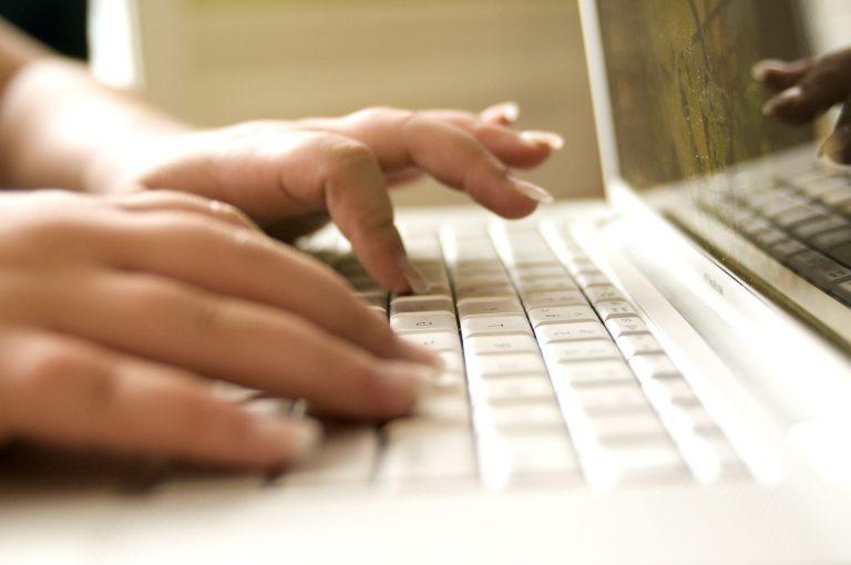 Educación virtual requiere cerrar brecha digital: Frida Díaz Barriga, académica de la UNAM